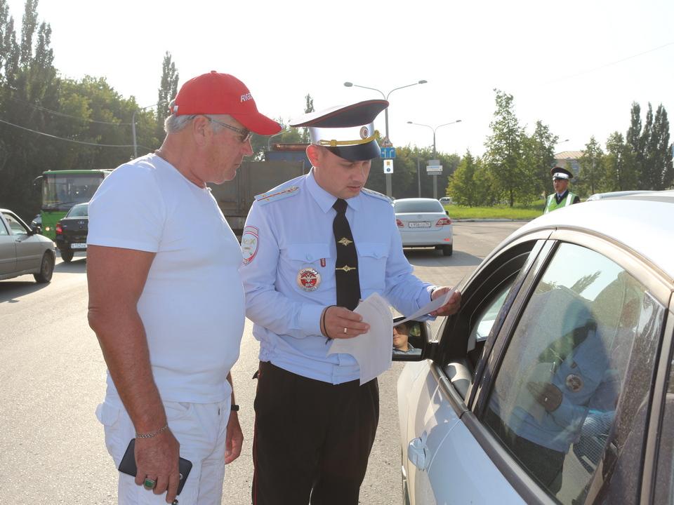 15 пьяных водителей за 3 дня задержали сотрудники ГИБДД на дорогах Каменска