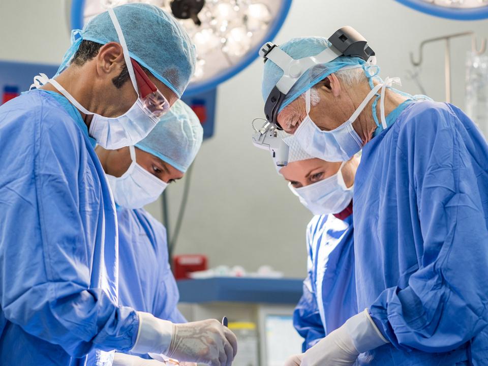 Один из увольнявшихся хирургов в Нижнем Тагиле отозвал заявление