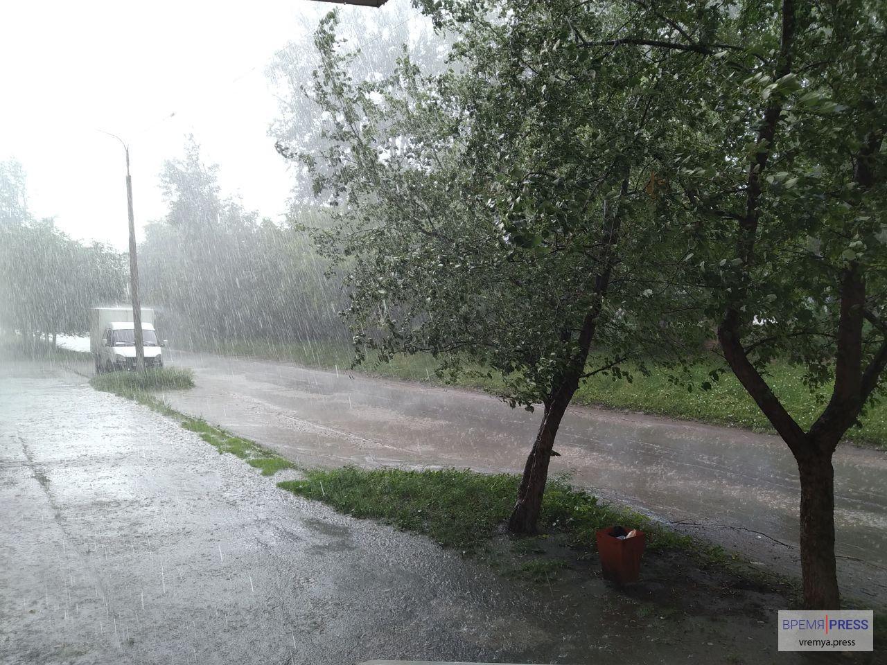 МЧС: В Свердловской области ожидаются сильные ливни