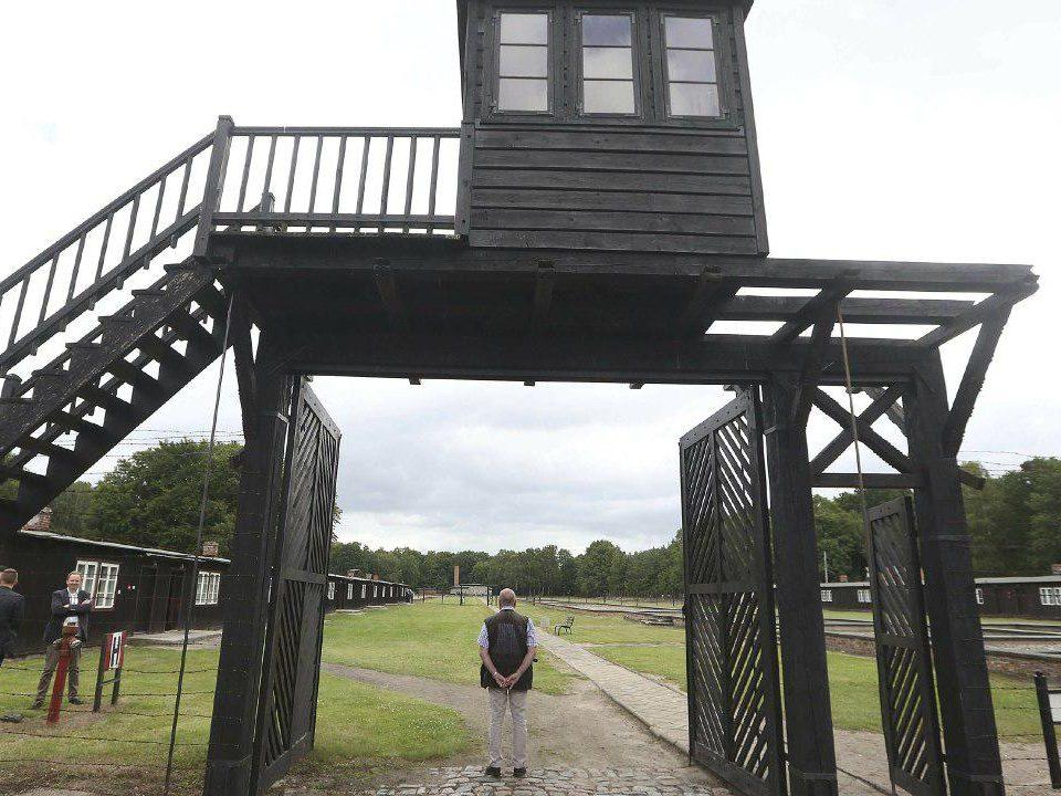 92-летний бывший охранник нацистского концлагеря предстанет перед судом