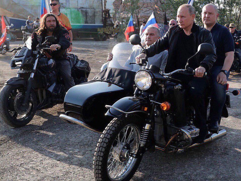 Байк-шоу в Севастополе посетил Владимир Путин
