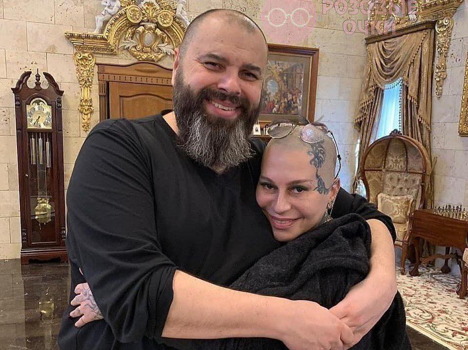 Звездные новости: Лолита похудела, Мила Йовович ждет третьего ребенка, а Наргиз запрещено петь песни Фадеева