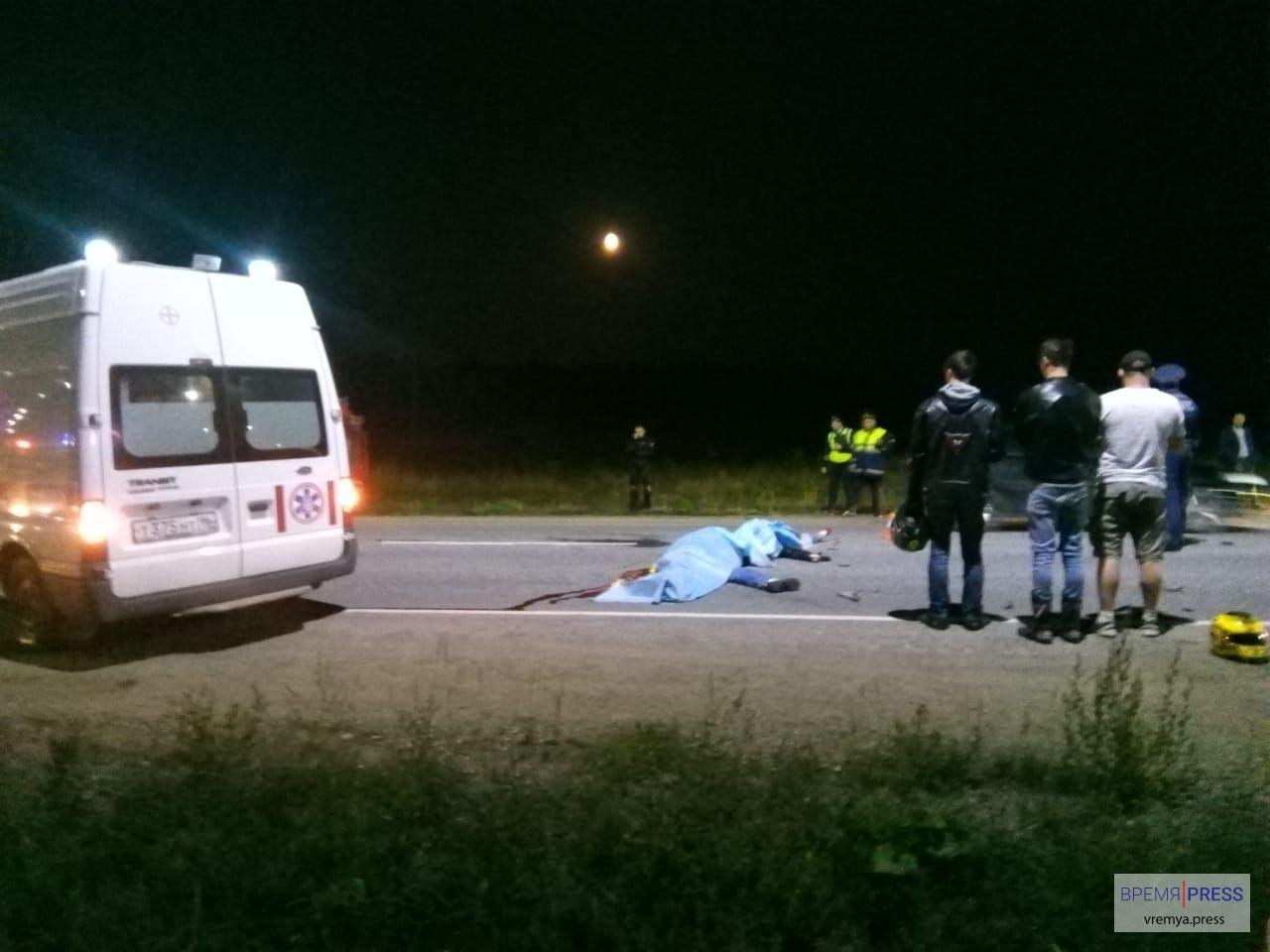 Байкеры погибли на трассе под селом Покровским