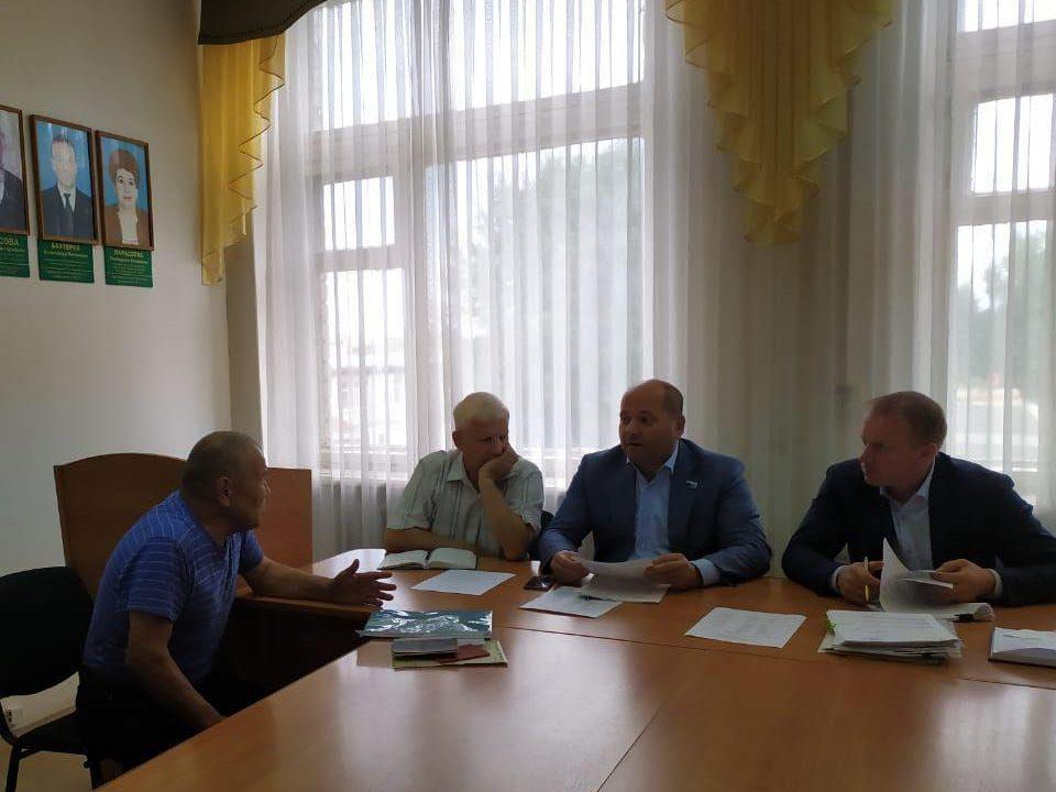 Илья Гаффнер провел прием жителей Каменского района