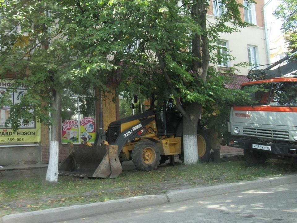 В Каменске-Уральском на улице Алюминиевой ремонтируют тротуары