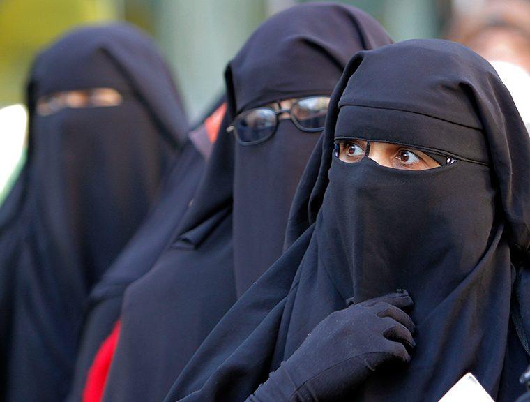 В Нидерландах запретили носить одежду, закрывающую лицо