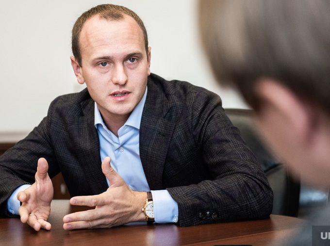 Сын владельца ТМК Александр Пумпянский вернулся из Женевы на Урал