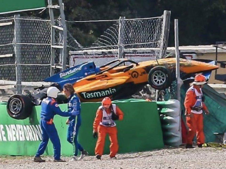 Гонщик Алекс Перони повредил позвоночник после взлета его болида на Формуле-3