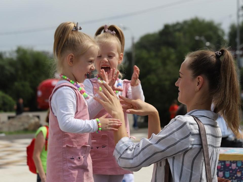 Фестиваль близнецов пройдёт в Каменске-Уральском в октябре
