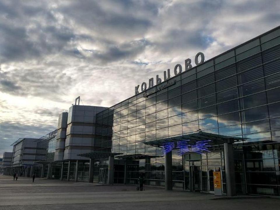 В Кольцово экстренно вернулся самолёт авиакомпании iFly