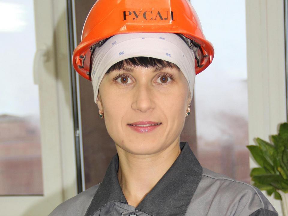 Ксения Плюхина выиграла заводской этап конкурса «Профессионалы РУСАЛа» на УАЗе