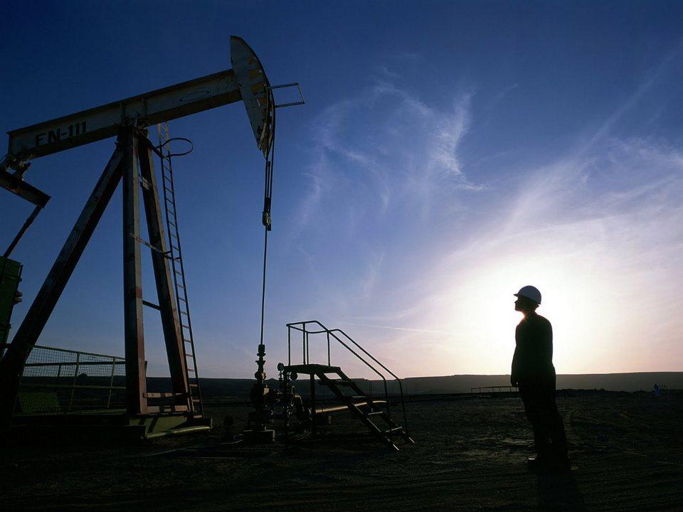"""""""Газпром нефть"""" получила лицензию на поиски нефти в Свердловской области"""