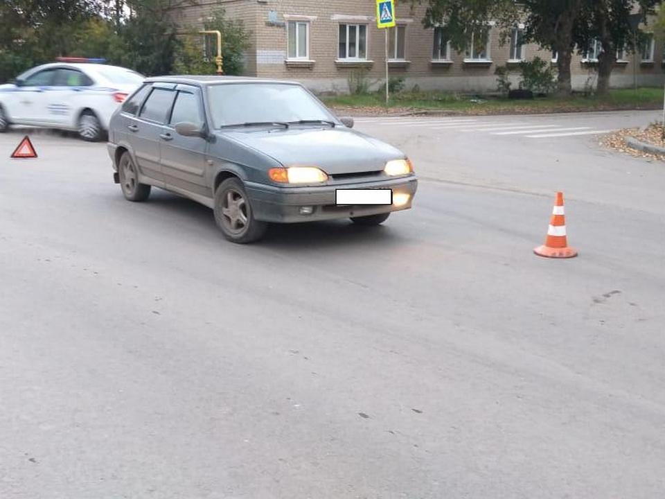 Пожилого мужчину сбили на дороге в Каменске-Уральском