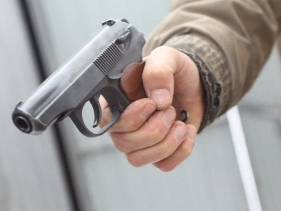 В Челябинске расстреляли 19-летнего парня около бара