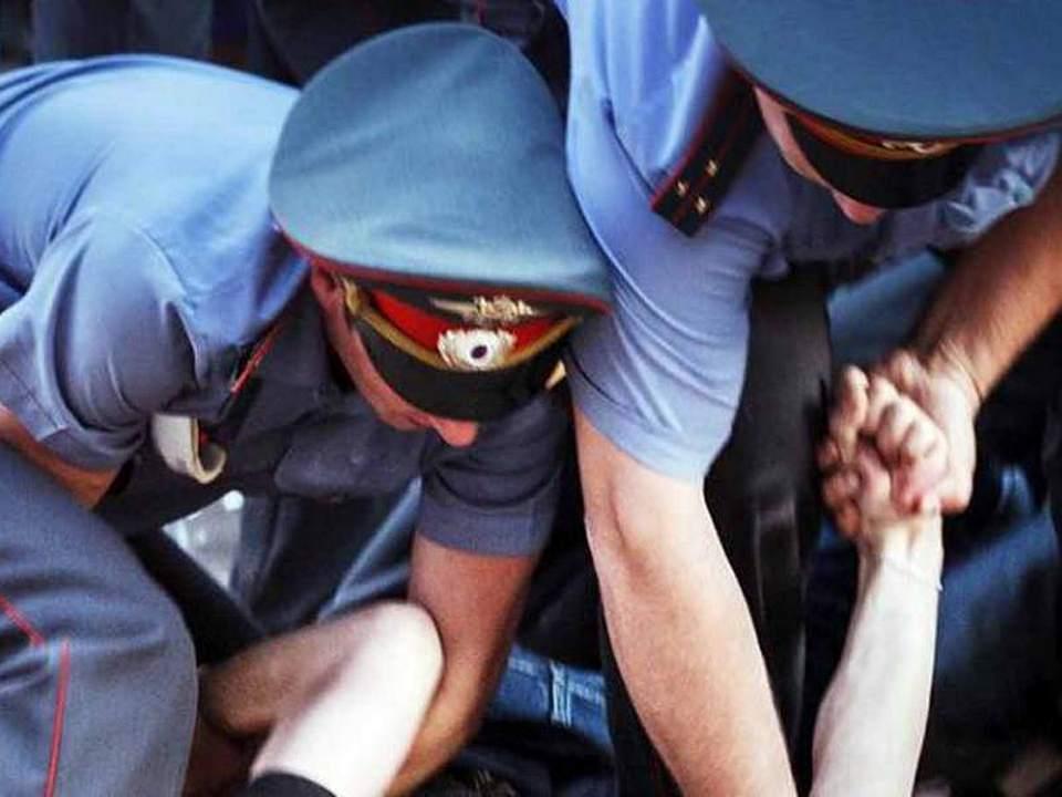 Полетели головы: из полиции после изнасилования девушки уволено шесть человек