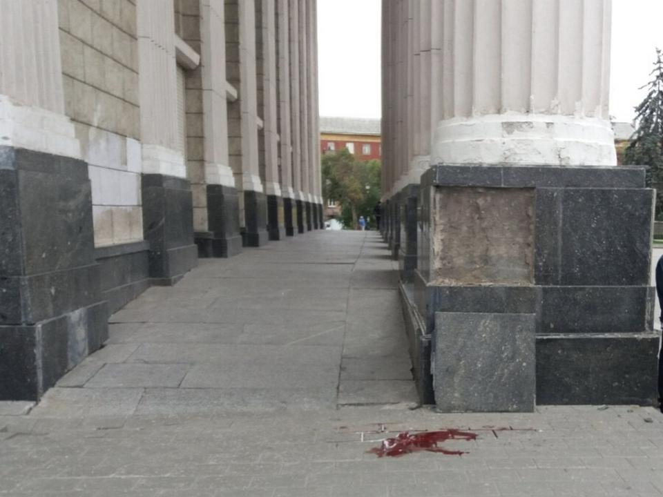 В Самаре рухнувшая со здания ДК облицовочная плита убила 10-летнего ребёнка