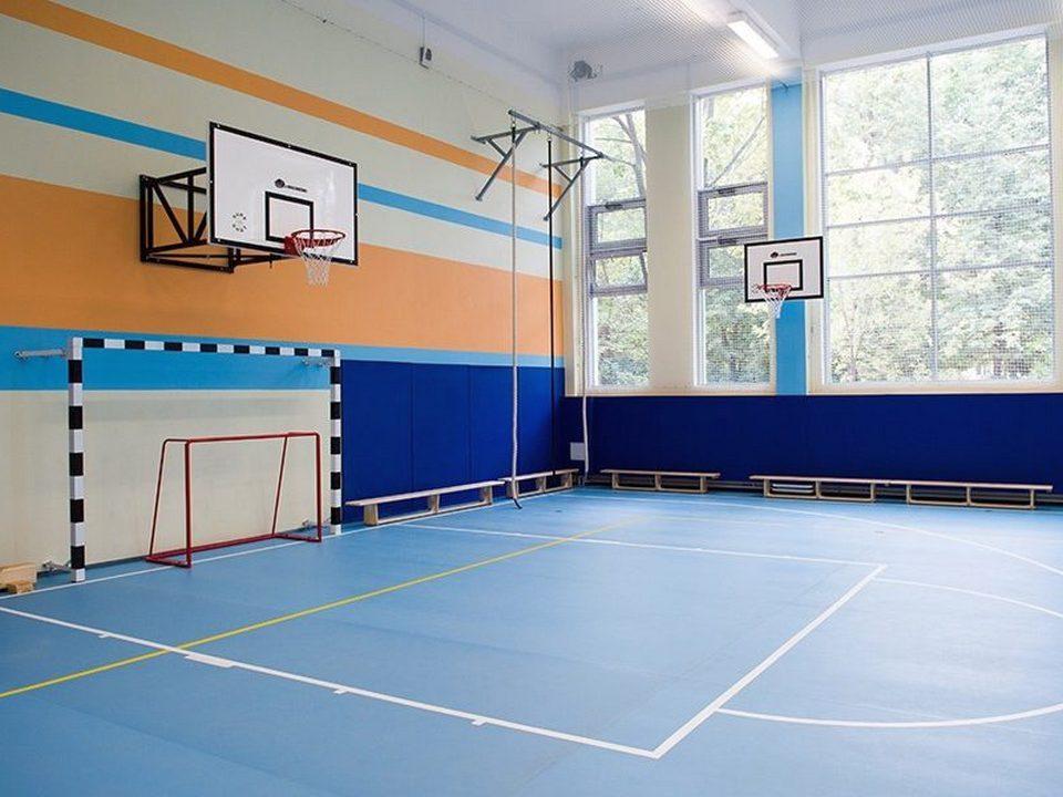 В республике Алтай на уроке физкультуры умер школьник