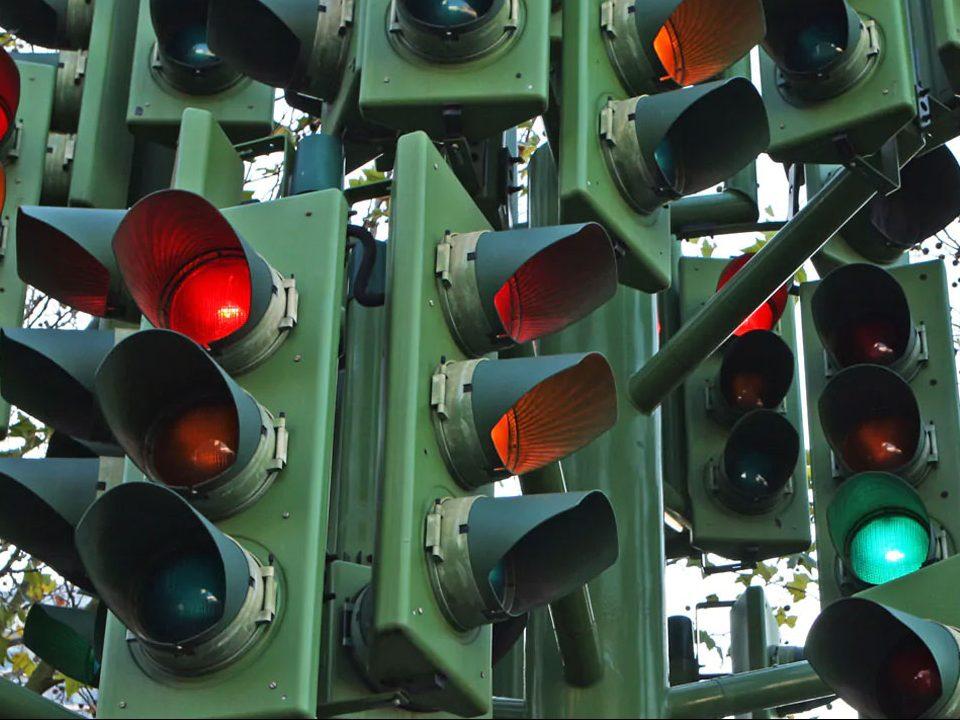В Екатеринбурге появятся умные светофоры для борьбы с пробками