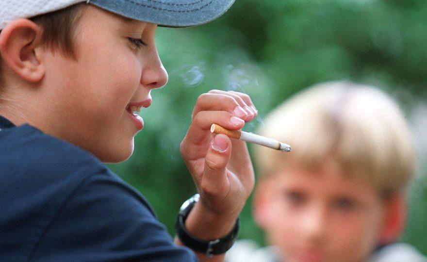 Родители ответят за курение детей