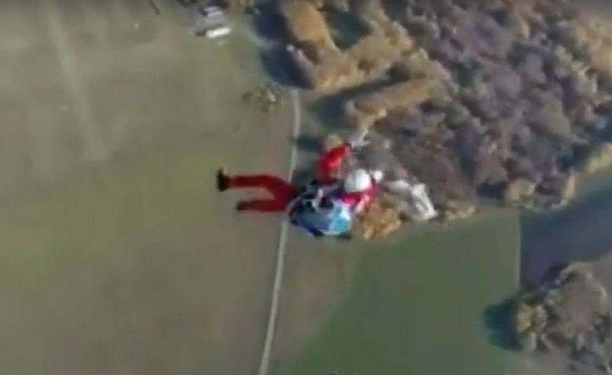В сети появилось видео прыжка погибшего в Логиново парашютиста