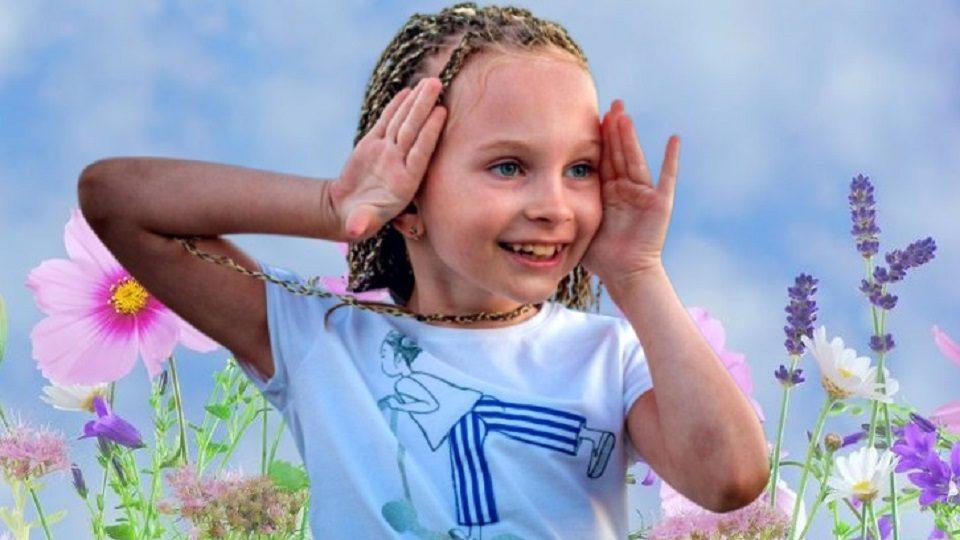 В Нижнем Тагиле живет девочка, которая поет: Вика Старикова покоряет интернет