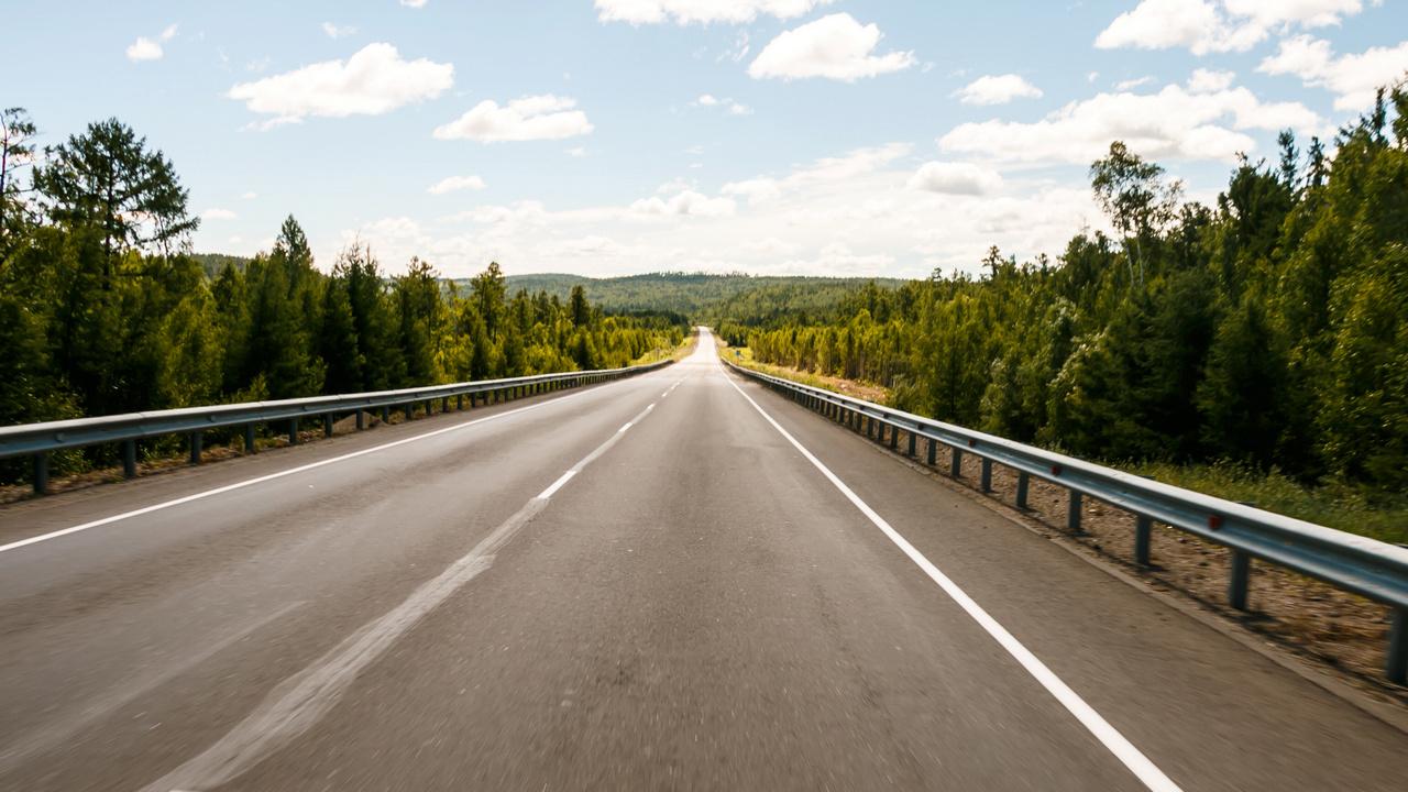 Свердловская область не вошла в список регионов РФ с лучшими дорогами