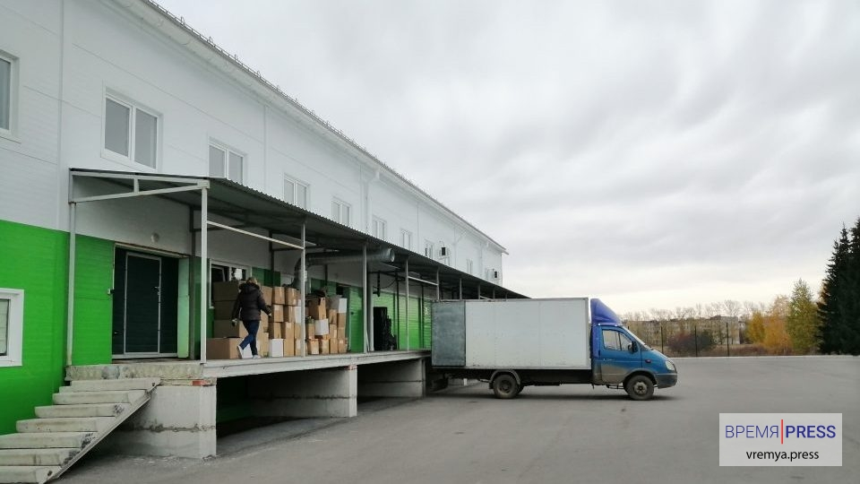 Каменск-Уральский без молока не останется: фотоэкскурсия по молокозаводу Олимпийская ферма