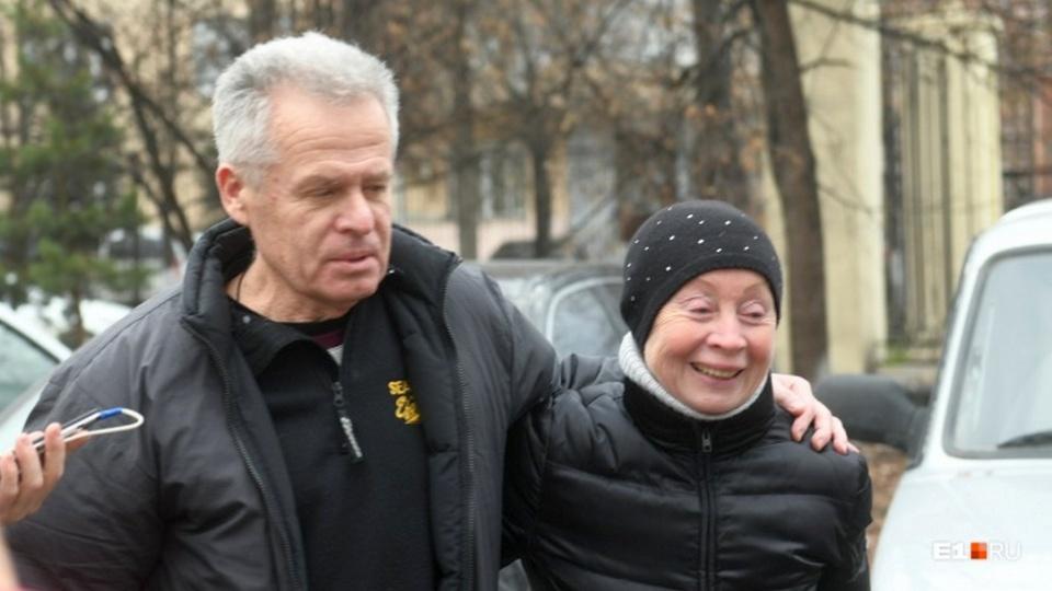 Какую звезду ждете: Михаил Астахов нахамил журналистам, едва выйдя из СИЗО