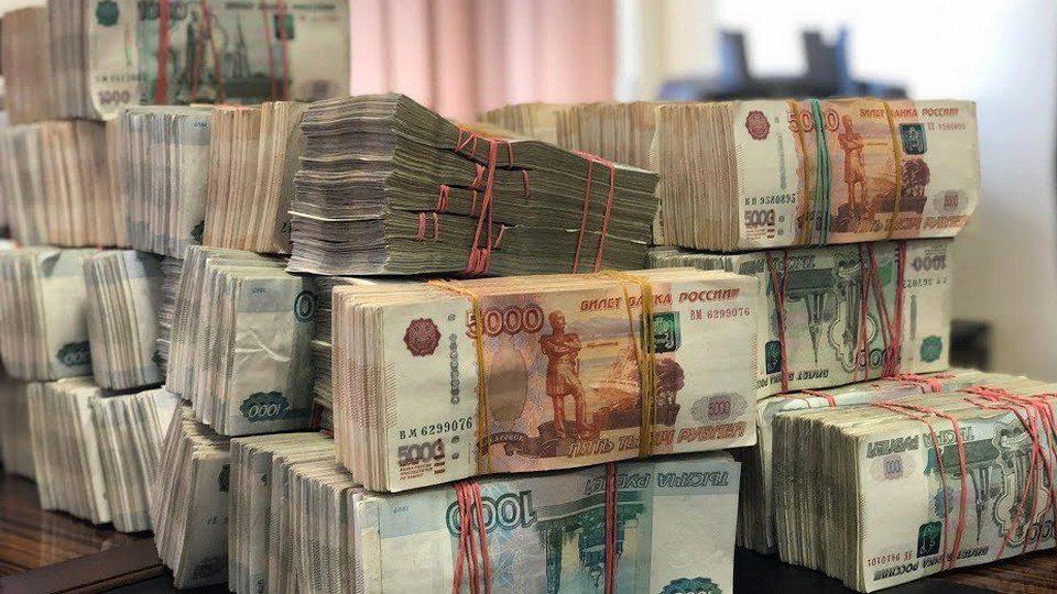 34-летняя москвичка нелегально вывела один миллиард рублей за рубеж