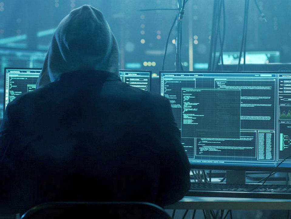 Данные более 60 миллионов клиентов российских банков слили в интернет