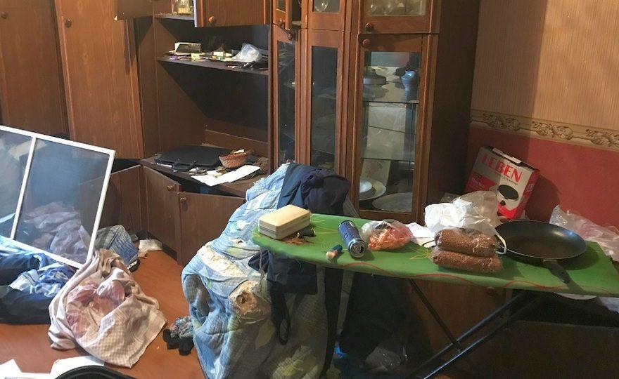 В Екатеринбурге мужчина и женщина жестоко расправились с собутыльником ради сотового телефона