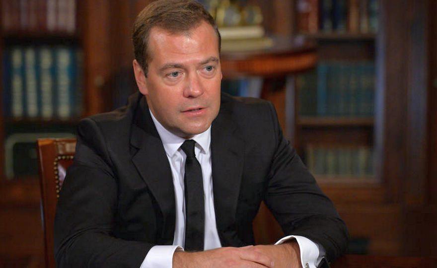 Стало известно, кто из чиновников посетит Екатеринбург вместе с Медведевым