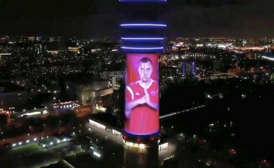 Останкинская башня и Лахта-центр зажгли огни в честь победы сборной России по футболу