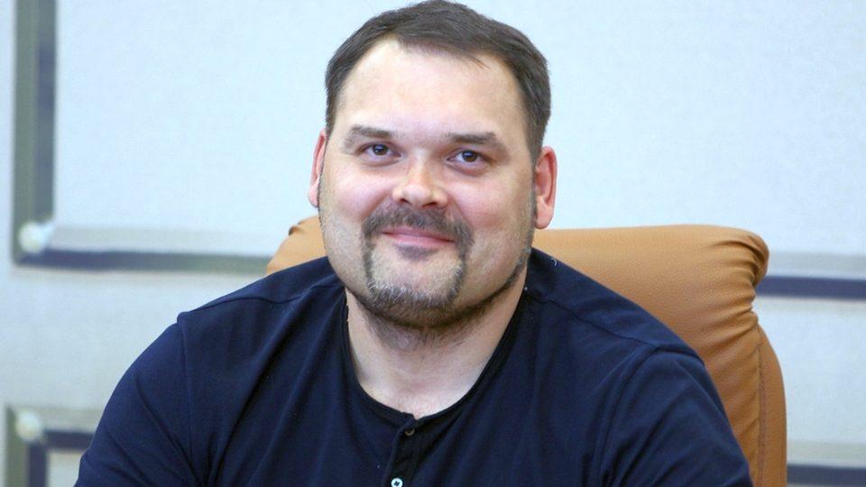 Красноярский депутат опозорился с ответом на вопрос, почему белые медведи не едят пингвинов