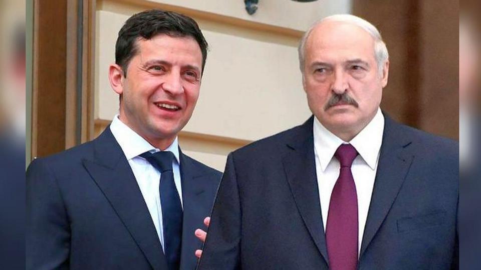 В сети появилось видео, как Лукашенко насмешил Зеленского, перепутав Украину с Россией