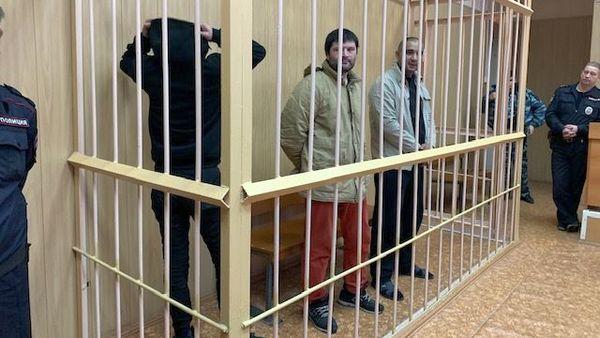 Выходцы из Средней Азии получили срок за ограбление почтальона на полмиллиона рублей