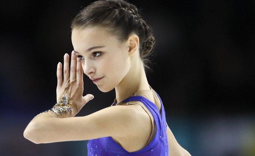 Российская фигуристка Анна Щербакова