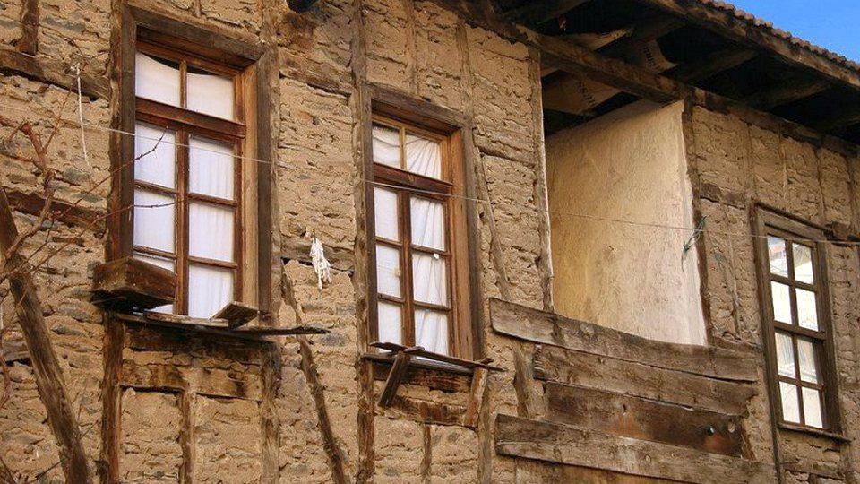 Ветхое жилье с износом более 70 процентов предлагают ремонтировать за счет граждан РФ