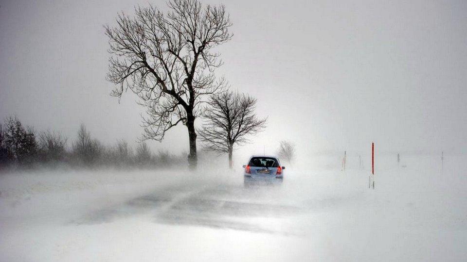 Сильный снег и непогода надвигается на Свердловскую область