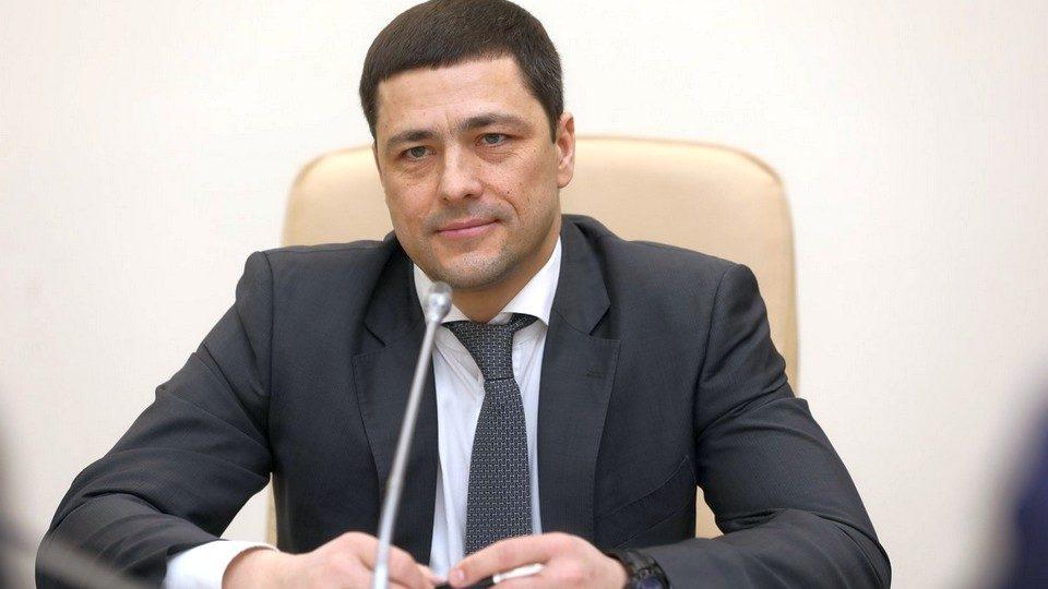 Экс-чиновник Псковской области отомстил губернатору, выставив на продажу его сайт