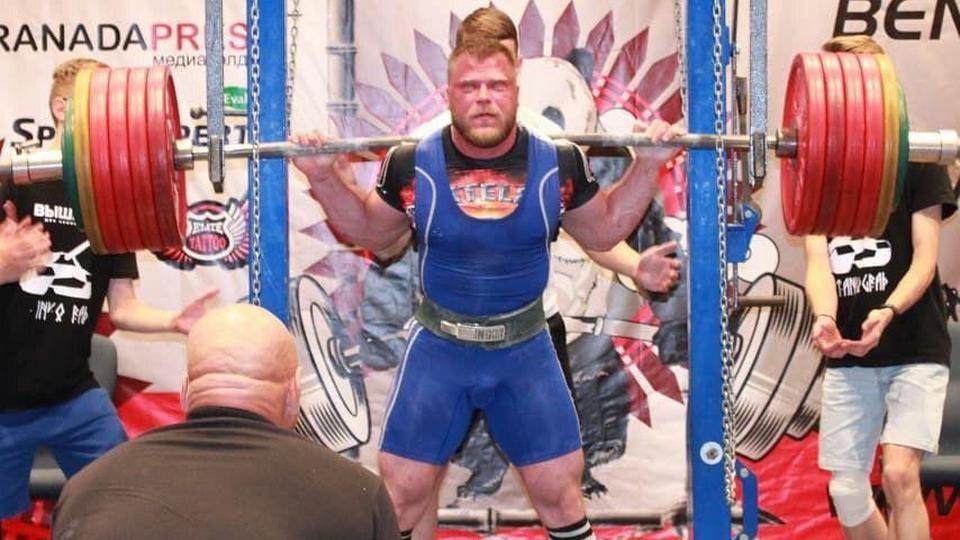 Пауэрлифтер из Каменска-Уральского установил новый мировой рекорд