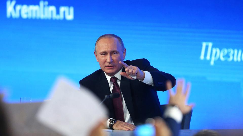 Песков объяснил, почему прямая линия с Путиным не состоится