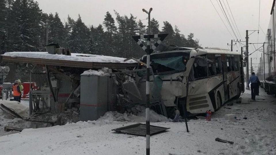 Семь человек погибли в ДТП с автобусом в Казахстане