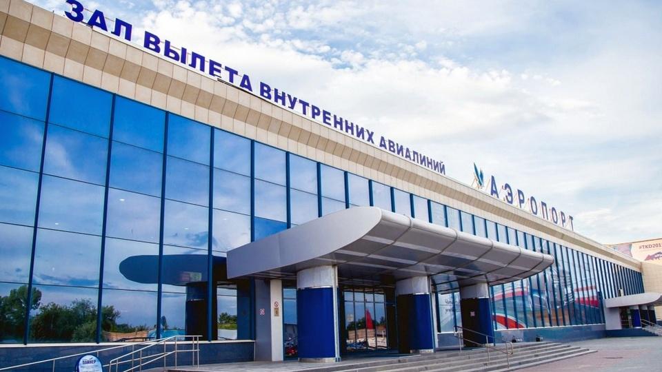 Sukhoi Superjet 100 не смог вылететь из Челябинска из-за поломки двигателей