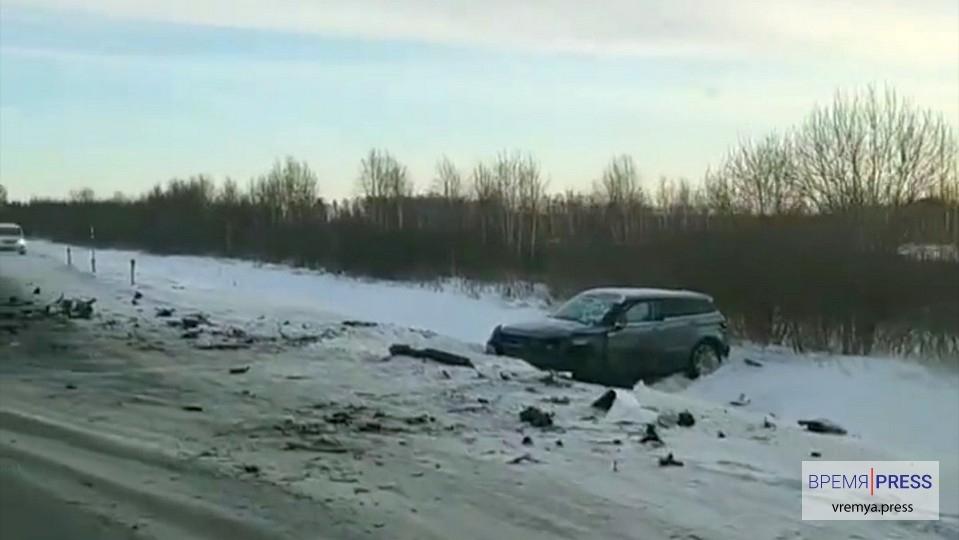 Жуткая авария под Каменском-Уральским: есть погибший