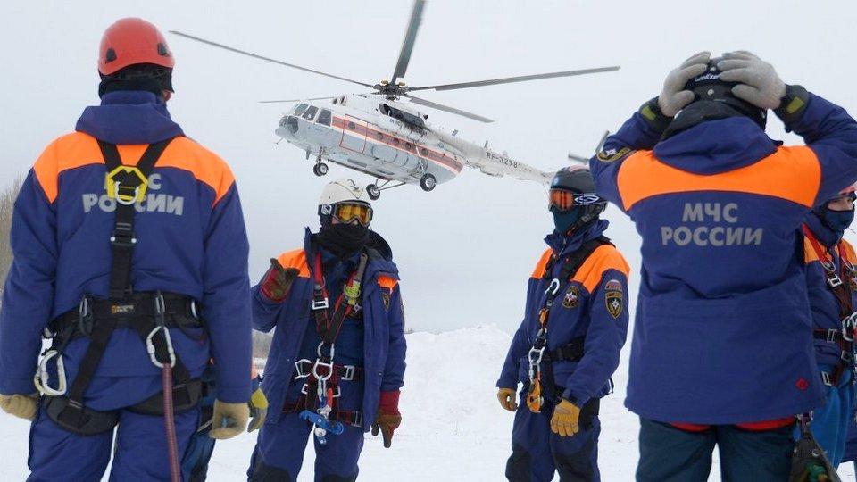Сотрудники МЧС спасли 440 человек при пожарах и ДТП за 1 января