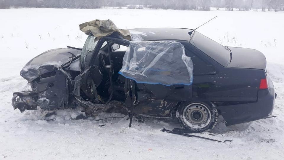 Три человека пострадали в ДТП под Каменском-Уральским