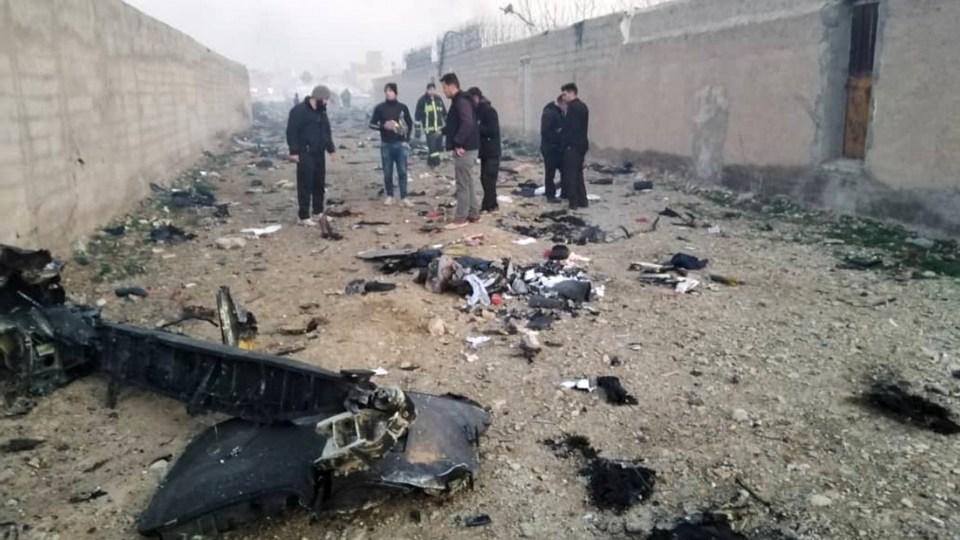 180 человек погибли при крушении украинского самолета в Иране