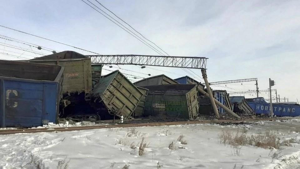 При сходе вагонов с углем в Иркутской области никто не пострадал