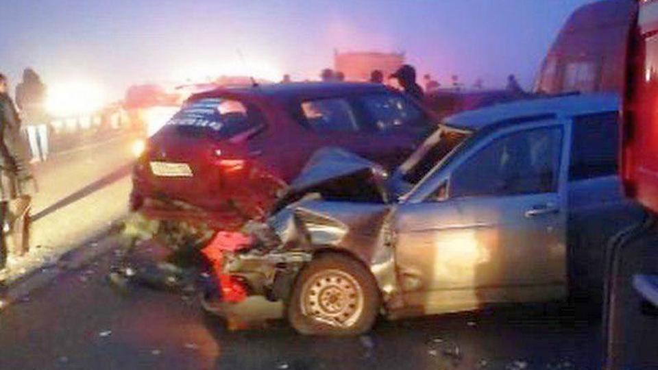 """Не менее 15 автомобилей столкнулись на трассе """"Дон"""" в Адыгее"""